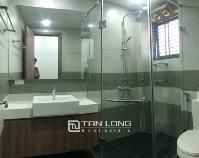Lake view 2 bedroom apartment for lease in Trinh Cong Son str, Tay Ho distr 10