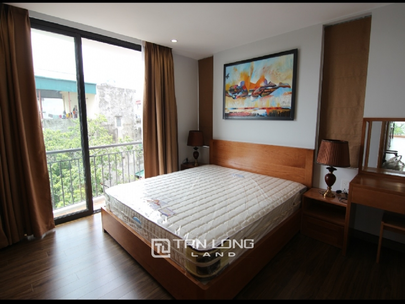 Lake view apartment for rent in road surface Nhat Chieu street, Tay ho district 19