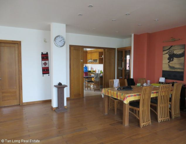 Lake view modern and beautiful house for rent on Bo De St, Long Bien Dict 8