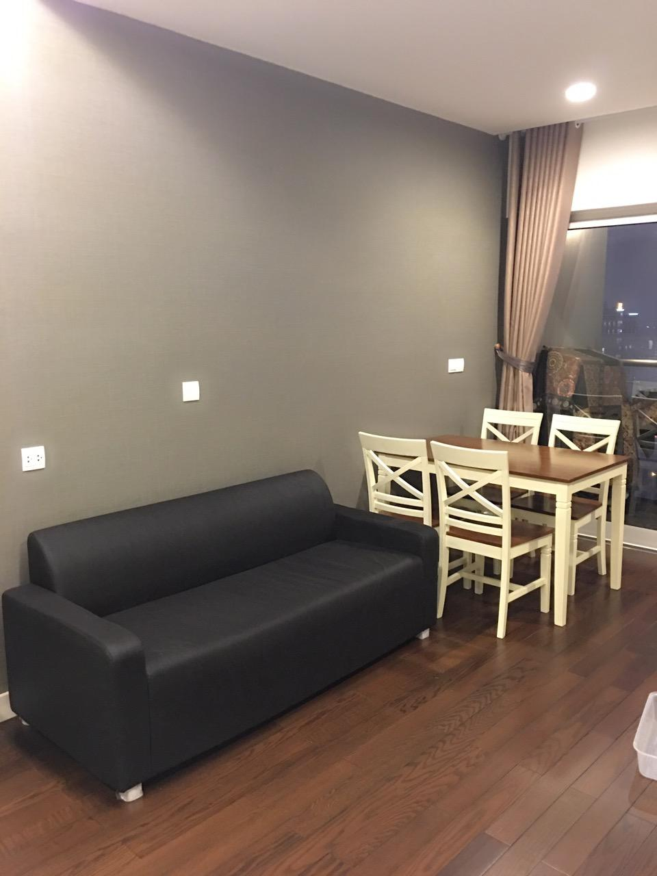 Lake view Studio serviced apartment in Lancaster, Ba Dinh district for rent