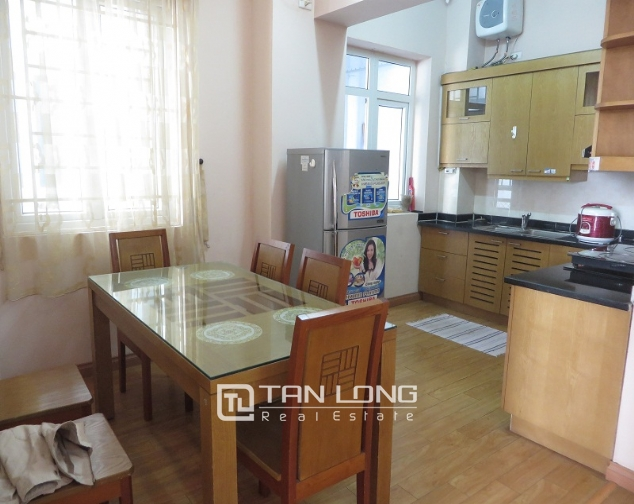 Lake view with balcony apartment for rent in Ngoc Khanh, Ba Dinh district 5
