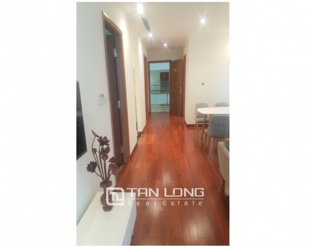 Lakeview 2 bedroom apartment for rent in Vinhomes Nguyen Chi Thanh 2