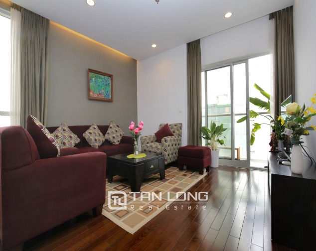 Lakeview 2 bedroom apartment for rent on 19F Lancaster Hanoi 3