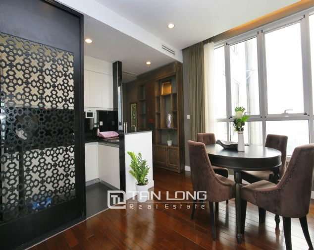 Lakeview 2 bedroom apartment for rent on 19F Lancaster Hanoi 4