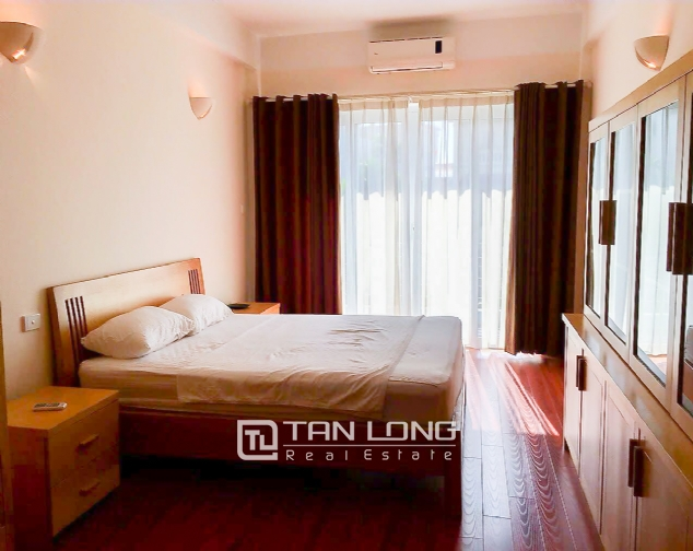 Lakeview 2 bedroom apartment for rent on Nhat Chieu, Tay Ho 5