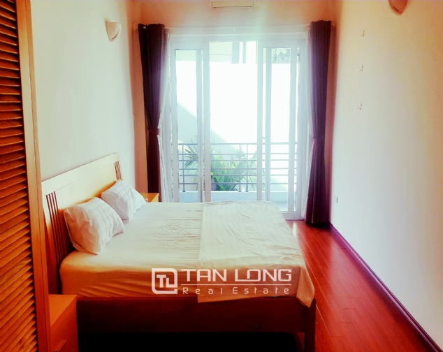 Lakeview 2 bedroom apartment for rent on Nhat Chieu, Tay Ho 7