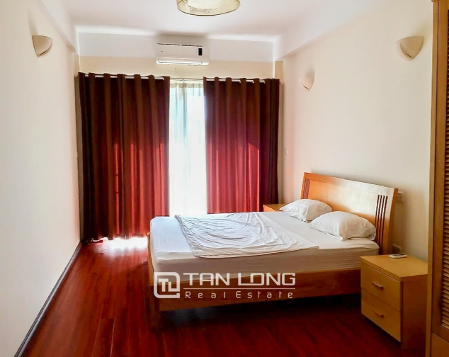 Lakeview 2 bedroom apartment for rent on Nhat Chieu, Tay Ho 8