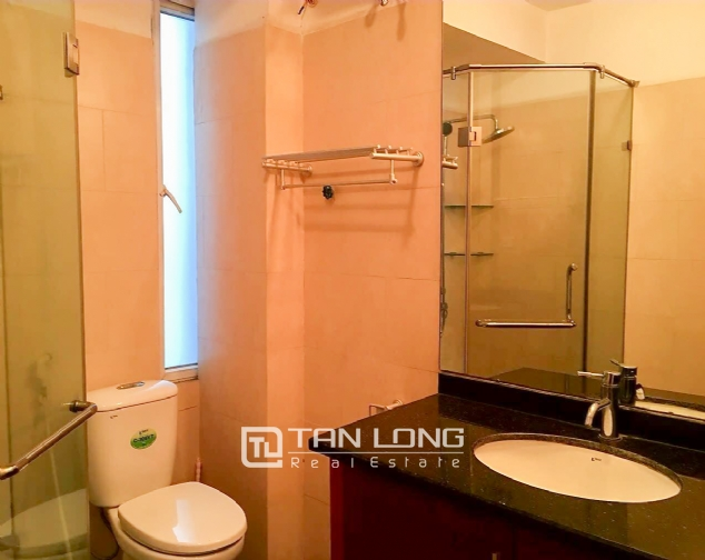 Lakeview 2 bedroom apartment for rent on Nhat Chieu, Tay Ho 9