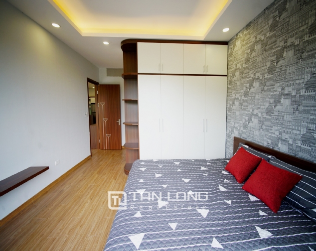 Lakeview 2 bedroom apartment on Nhat Chieu street, Next to West Lake and Water Park 6