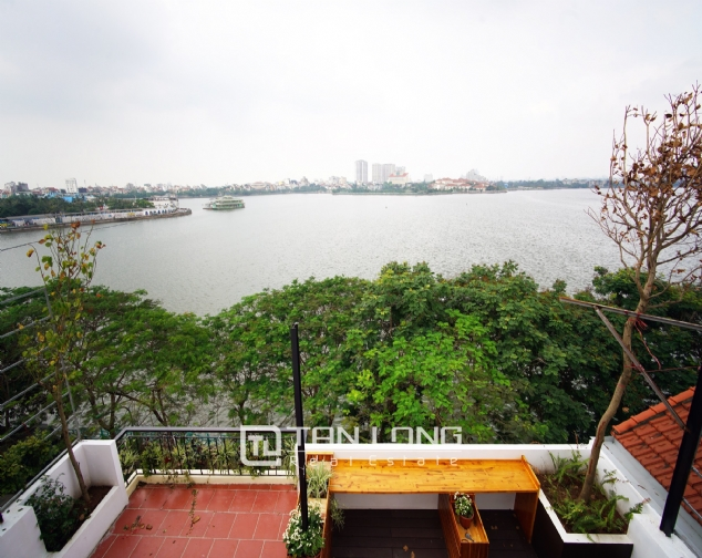 Lakeview 2 bedroom apartment on Nhat Chieu street, Next to West Lake and Water Park 8