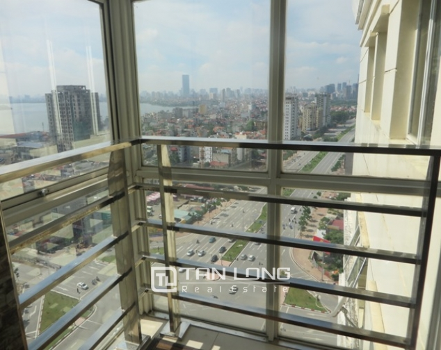 Lakeview 3 bedroom apartment for sale in G3 Ciputra, Tay Ho dist, Hanoi 4