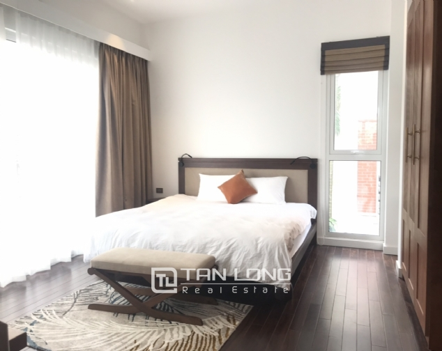 Lakeview 4 berdrroom apartment for rent on Dang Thai Mai street, Tay Ho district 5