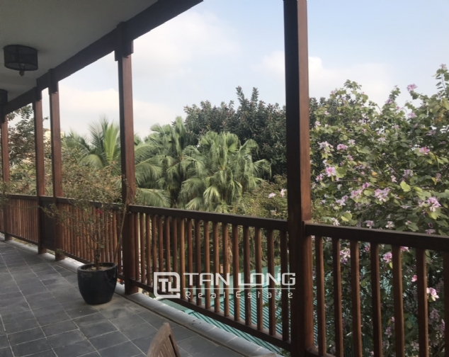 Lakeview 4 berdrroom apartment for rent on Dang Thai Mai street, Tay Ho district 10
