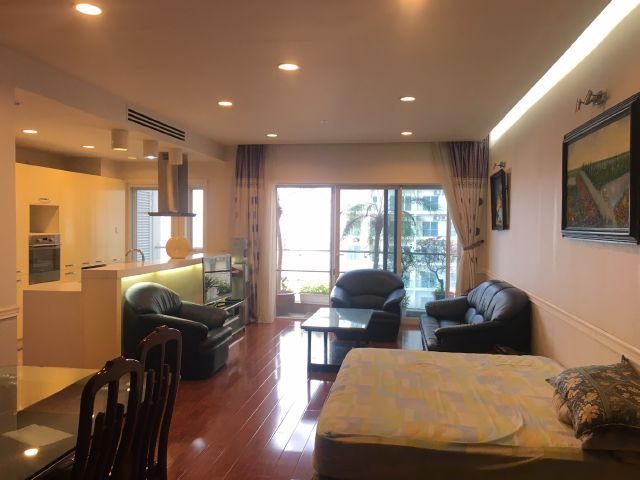 Lakeview apartment for lease in Thuy Khe str., Tay Ho dist., Hanoi