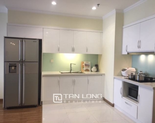Lakeview apartment for rent in Vinhomes Nguyen Chi Thanh 2