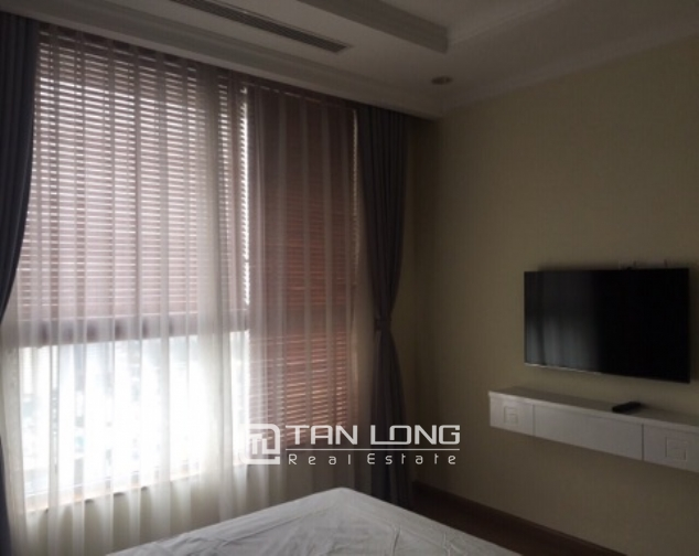 Lakeview apartment for rent in Vinhomes Nguyen Chi Thanh 6