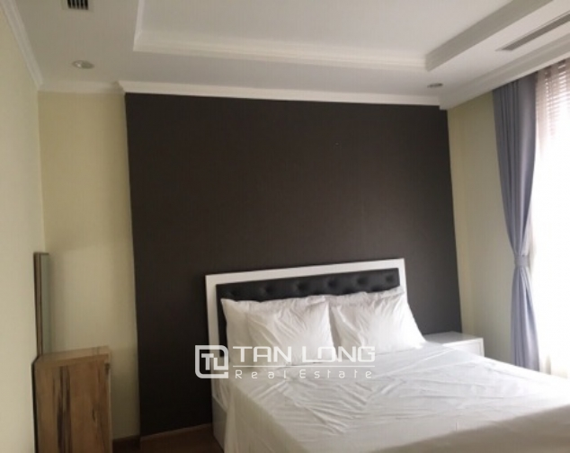Lakeview apartment for rent in Vinhomes Nguyen Chi Thanh 7