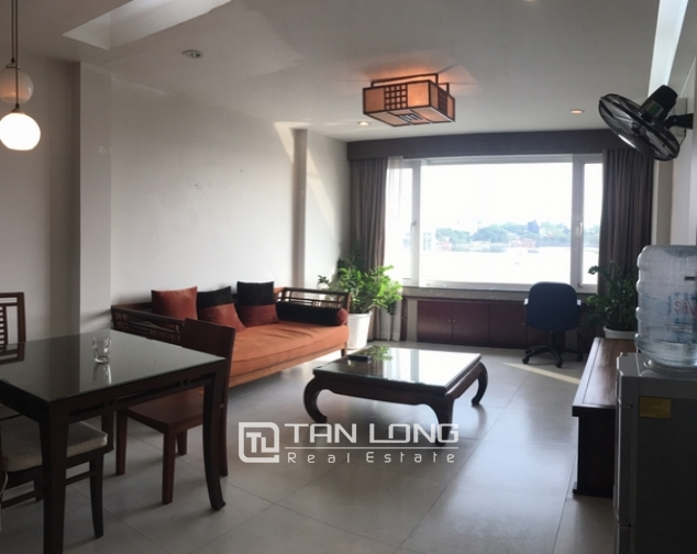 Lakeview apartments for rent on Tran Vu str., Ba Dinh distr., Hanoi 3
