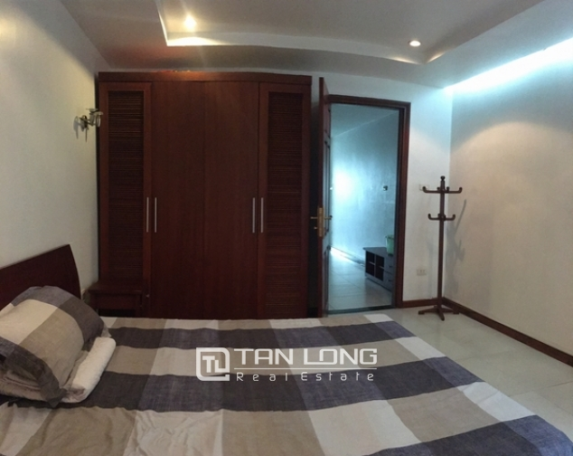 Lakeview apartments for rent on Tran Vu str., Ba Dinh distr., Hanoi 5