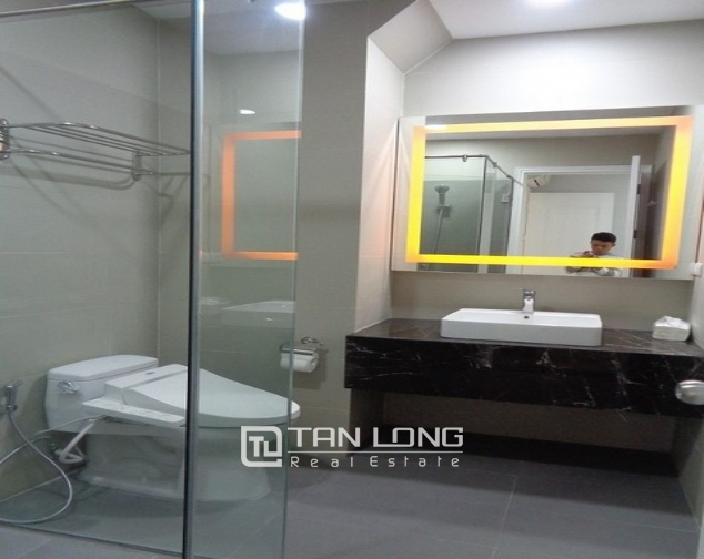 Lakeview luxurious two bedroom apartment in Golden Westlake Hanoi for rent. 9