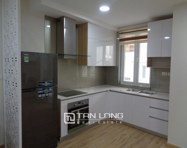 Lakeview luxurious two bedroom apartment in Golden Westlake Hanoi for rent. 5