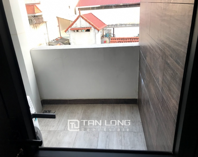 Large 1 bedroom apartment for rent on Lane 12, Dang Thai Mai street, Tay Ho 6