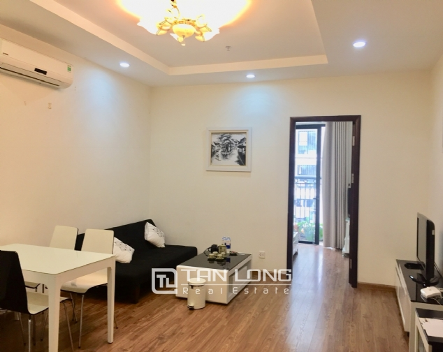 Large 1 bedroom apartment in T9, Times City 3