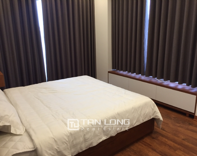 Large 2 bedroom apartment for rent on Trinh Cong Son street, Tay Ho 5