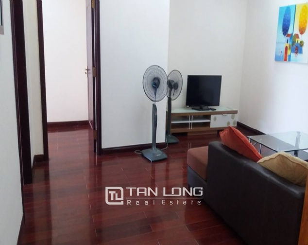 Large 3 bedroom apartment for rent in R1 Royal City 2