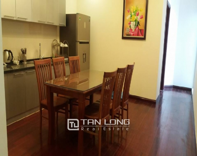 Large 3 bedroom apartment for rent in R1 Royal City 3