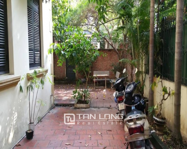 Large 4 bedroom villa for rent in Hoang Hoa Tham, Ba Dinh, Hanoi 3