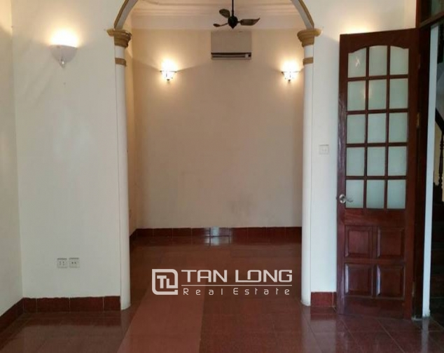 Large 4 bedroom villa for rent in Hoang Hoa Tham, Ba Dinh, Hanoi 4