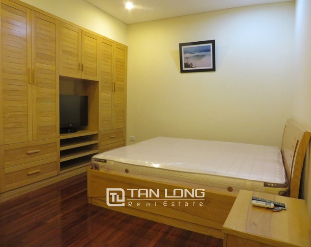 Lovely 1 bedroom serviced apartment for rent in Quan Hoa, Cau Giay district 6