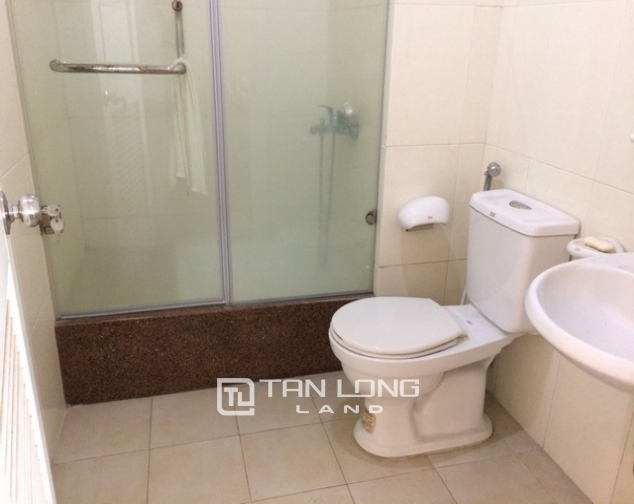 Lovely and reasonable 3 bedroom apartment for rent in E5 tower Ciputra urban area 8