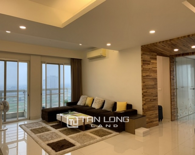 Lovely renovated 3 bedroom apartment for rent in E tower Ciputra 1