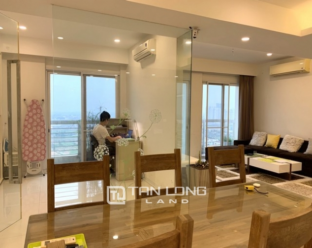 Lovely renovated 3 bedroom apartment for rent in E tower Ciputra 5