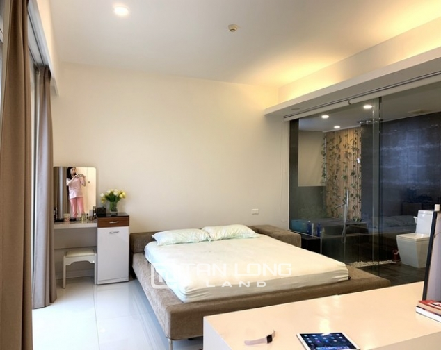 Lovely renovated 3 bedroom apartment for rent in E tower Ciputra 8