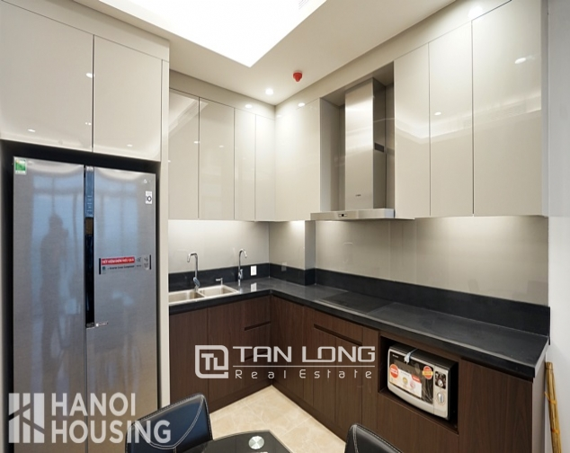 Luxurious 2 bedroom apartment for rent ịn Sun Grand City 5