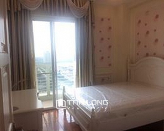 Luxurious and high standard fully funished apartment in E4 building, Ciputra 8