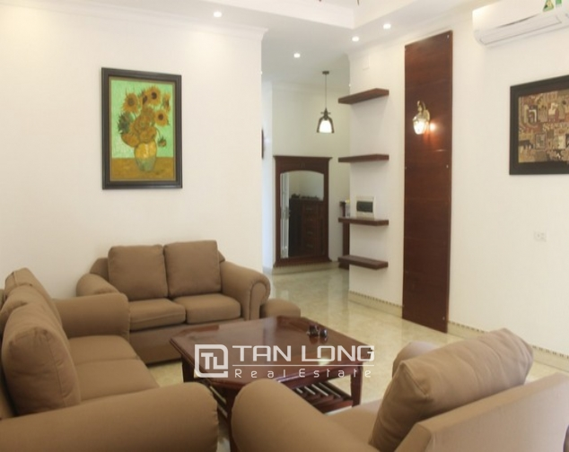 Luxurious and high standard fully funished Villa for rent in D4 block , Ciputra 3