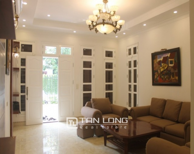 Luxurious and high standard fully funished Villa for rent in D4 block , Ciputra 4