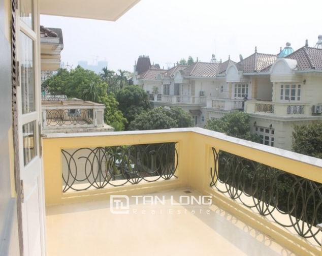 Luxurious and high standard fully funished Villa for rent in D4 block , Ciputra 9