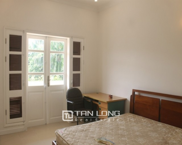Luxurious and high standard fully funished Villa for rent in D4 block , Ciputra 2