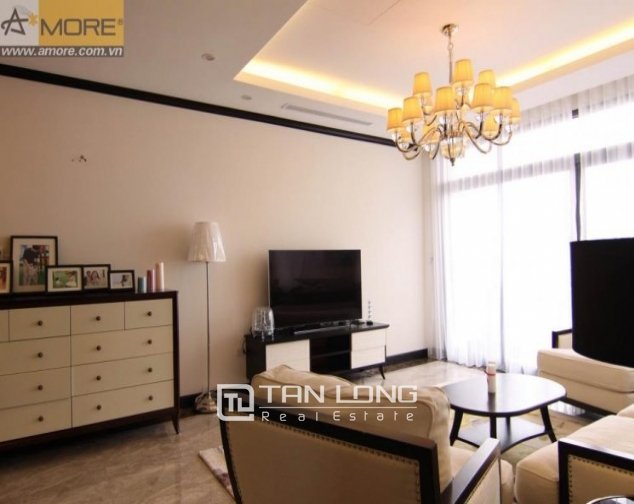 Luxurious apartment with large balcony in Platinum Residences, Nguyen Cong Hoan, Ba Dinh district for rent 2