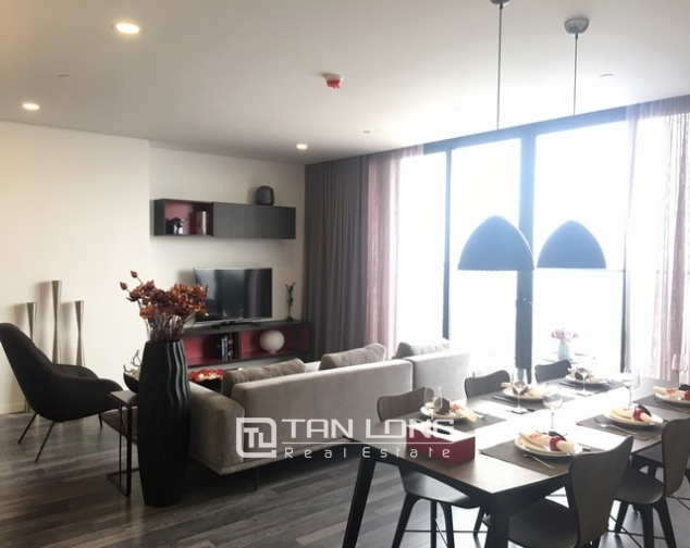 Luxurious serviced apartment for rent at Somerset West Point Hanoi Tay Ho area. 1