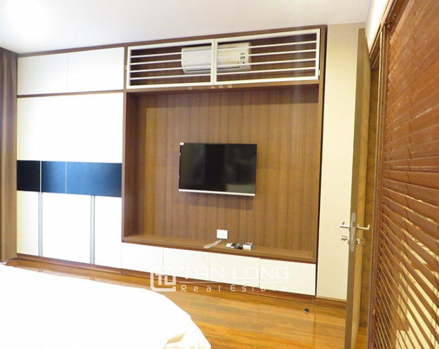 Luxurious serviced apartment for rent in Yet Kieu, Hoan Kiem district 7