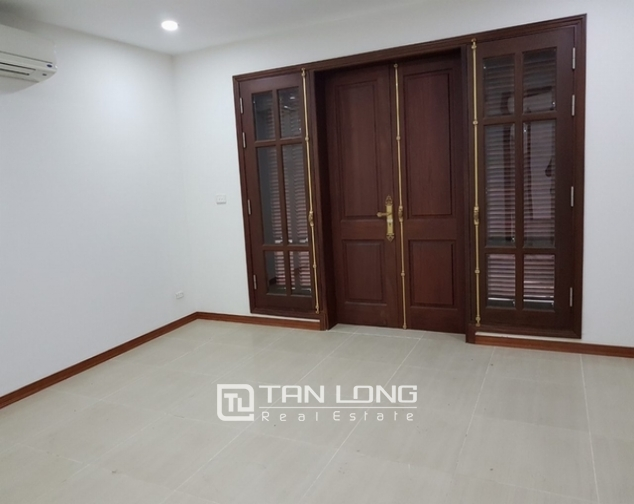 Luxurious villa for rent at Ciputra, Tay Ho distr., Hanoi 3