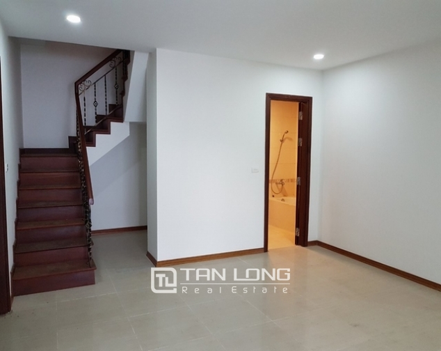 Luxurious villa for rent at Ciputra, Tay Ho distr., Hanoi 4