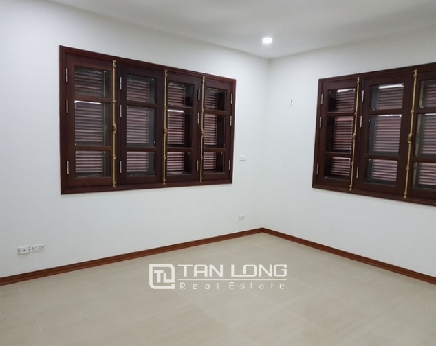 Luxurious villa for rent at Ciputra, Tay Ho distr., Hanoi 6