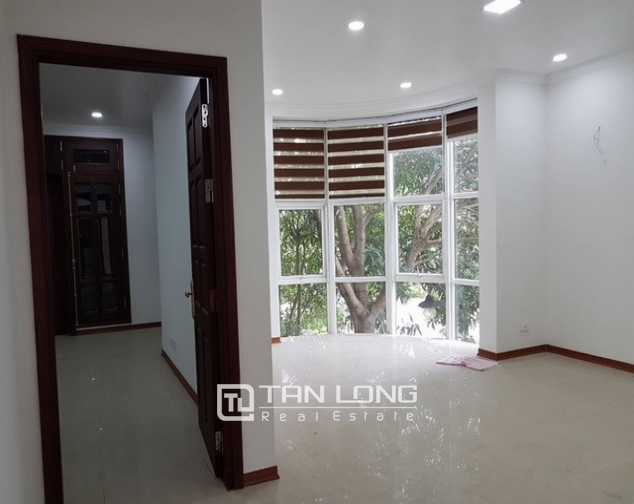 Luxurious villa for rent at Ciputra, Tay Ho distr., Hanoi 7
